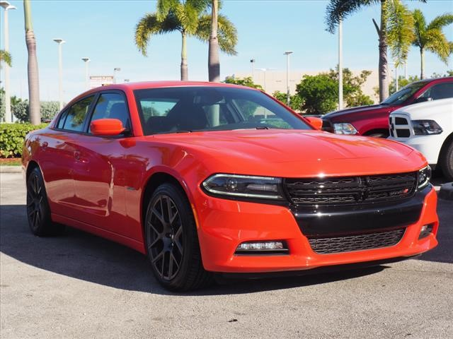 New 2018 DODGE Charger R/T